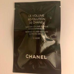Chanel Le Volume Revolution De Chanel Sample